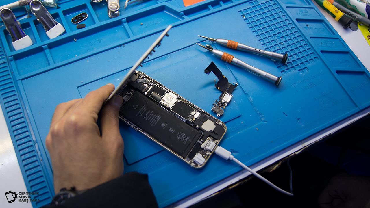 Akıllı Telefon - iPhone Soket Değişimi